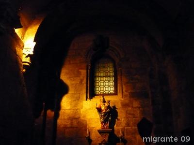 virgen en la oscuridad