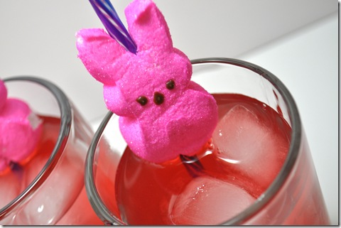 EASTER PEEP STRAW