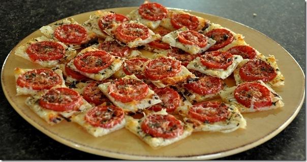 Tomato Onion Pizza