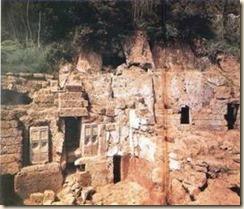 Varri monumental zbuluar në Cerveteri, Itali