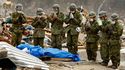 tsunami_victim_prayer