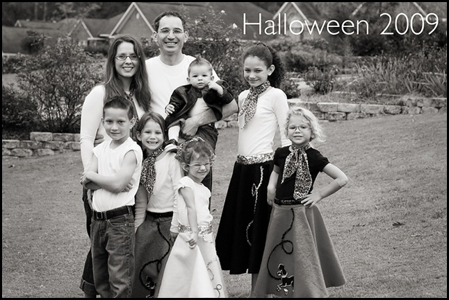Family picture halloween 2009 blog