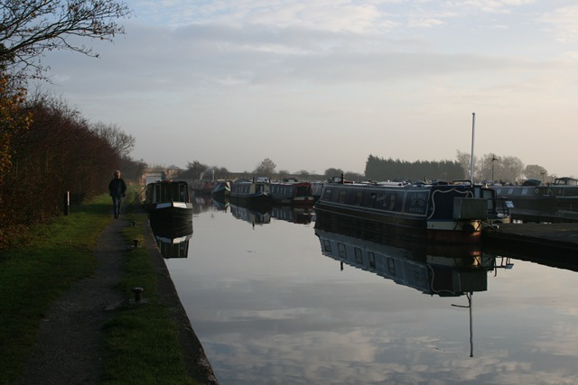 [Nov 10 Barge holiday Middlewich 035[3].jpg]