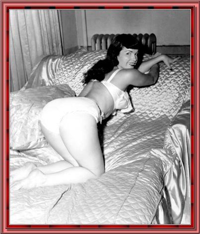 betty_page_(klaws)_136