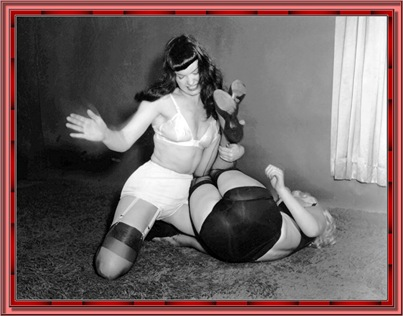 betty_page_(klaws)_112