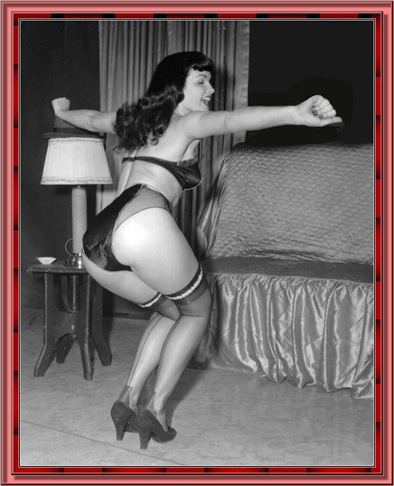 betty_page_(klaws)_130