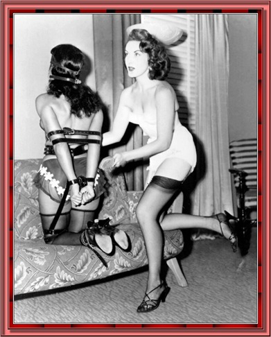 betty_page_(klaws)_072