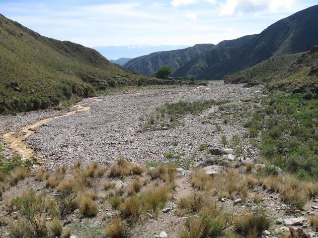 LEJARRETA EN LOS ANDES (2009) 01%2CVallecito%20km20%20y%201300mtsnm