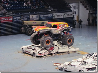 Monster Trucks 072