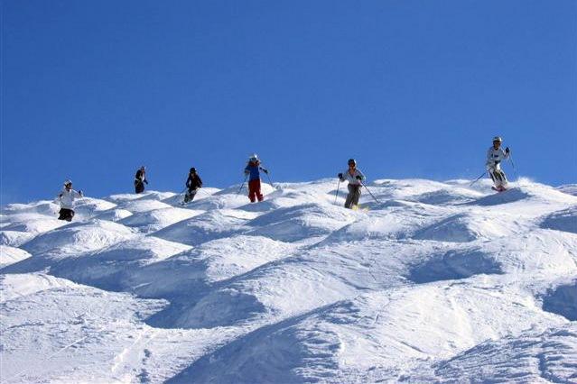mogul-skiing2