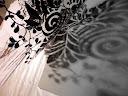 Se il disegno di questa mascherina da stencil, ideata e realizzata da Mirna Radovanovic, vi piace, siete liberi di usarlo per realizzare da soli una vostra mascherina. Scaricate uno dei 4 file messi a disposizione nel blog decomondo, stampate il disegno e ritagliate la mascherina usando un foglio di acetato o carta, come spiegato nel post Come fare una mascherina da stencil.