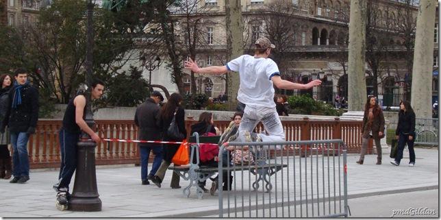 Paris Sportive. Pont au Double