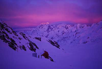 tasman-saddle-hut-pink-sunr.jpg