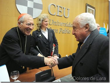 Jiménez de  Parga saludando a Rouco Varela