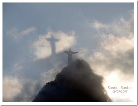Cristo-e-sua-sombra[1]