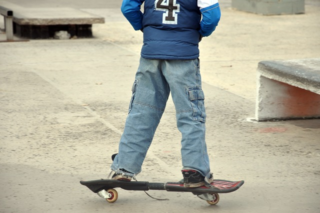 juan skateboarding 001