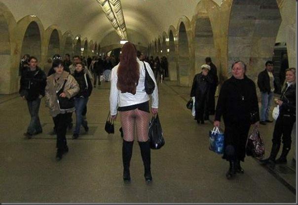 Dando uma volta de metro na Russia (18)