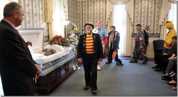 Pallhaços no funeral