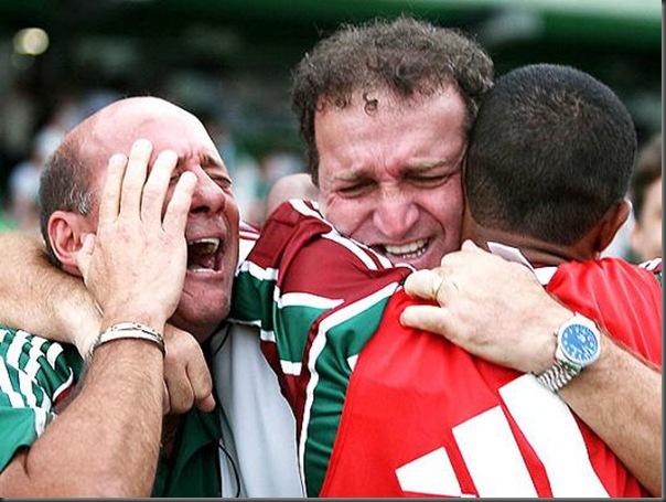 jogadores chorando (1)