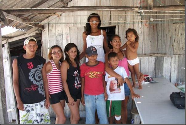 Elisany Silva, a adolescente mais alta do mundo (3)