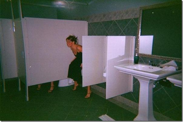 Garotas no banheiro masculino (23)