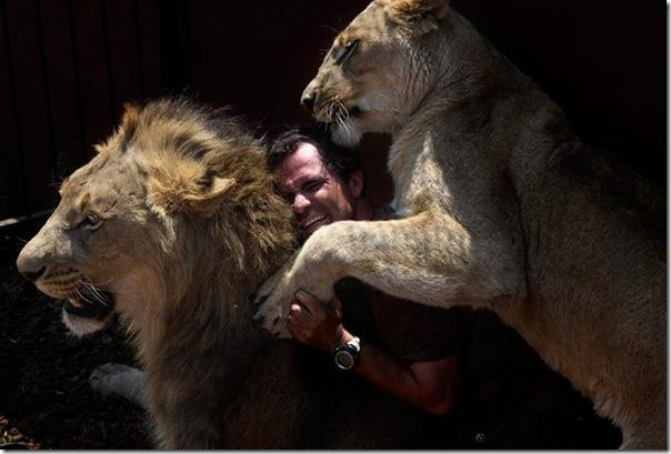 Kevin Richardson, O encantador de leões (1)