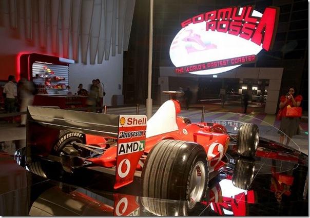 Ferrari World Abu Dhabi nos Emirados Árabes (13)