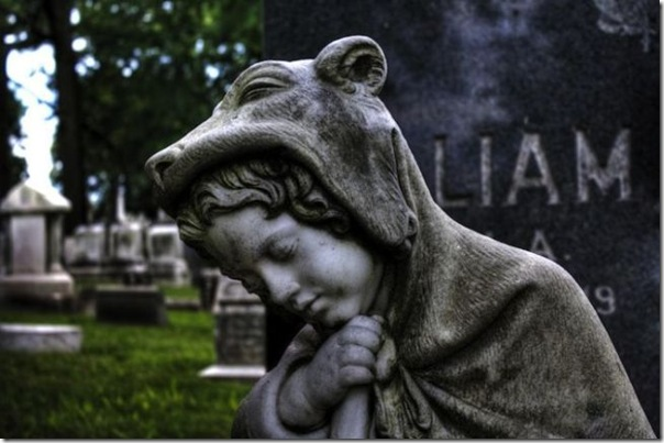 Esculturas no Cemitério (7)