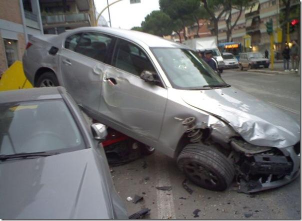Ferrari destruida (2)