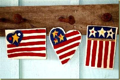 119_American_Flaglette_Trio