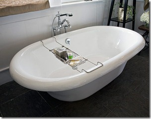 _Bathroom7_Tub_LowRes-de-54154560