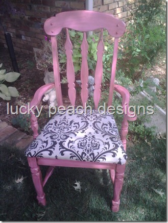 pink%20chair[1]