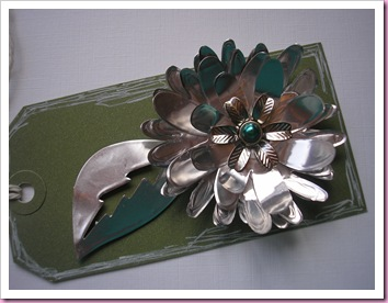 Sizzix flower made with embossing foil