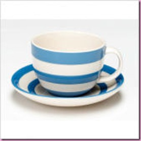 Set of 4 Cappuccino Cups and Saucers