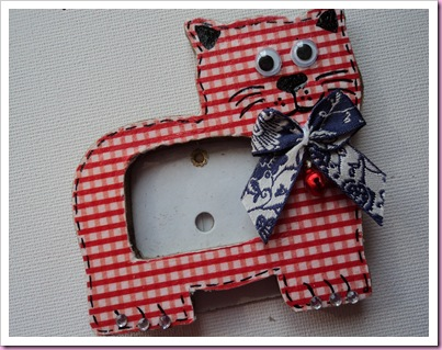 Red Gingham Cat Photoframe