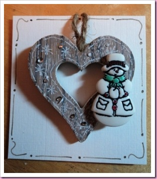 Snowman Wooden heart tag 3