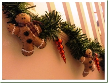 Gingerbreadman garland