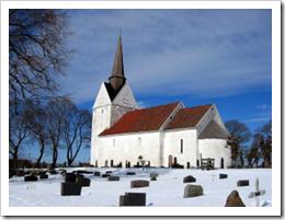 Råde-kirke-©-ayorama.com-300x226