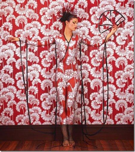 unusual body art Chines dress form