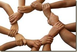 Живи с другими так чтобы твои друзья не стали недругами а недруги стали друзьями