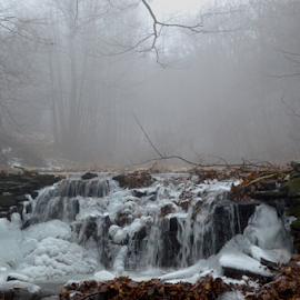 Frozen Waterfall by Rob Kovacs - Novices Only Landscapes