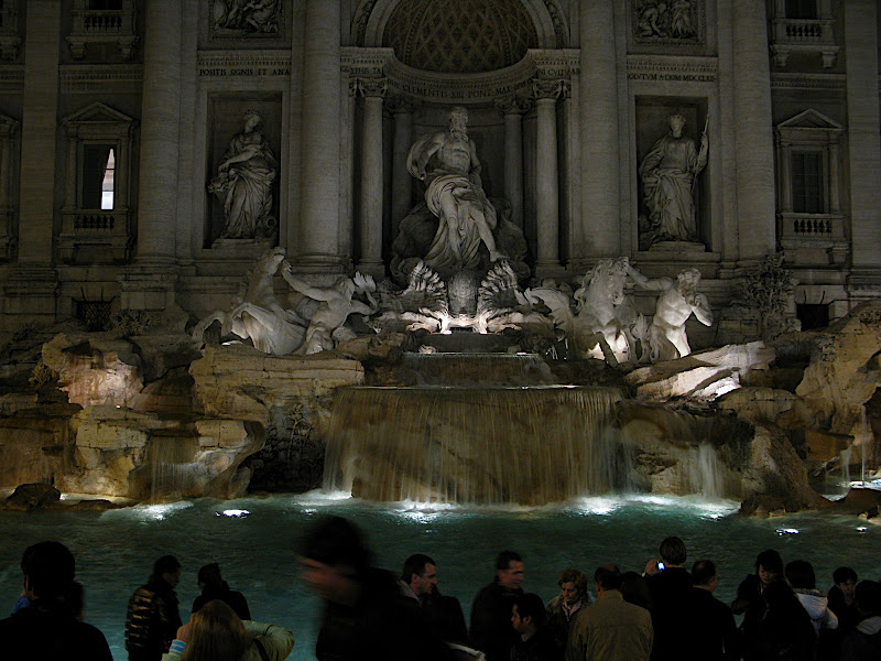 La Fontana di Trevi de nit (III)