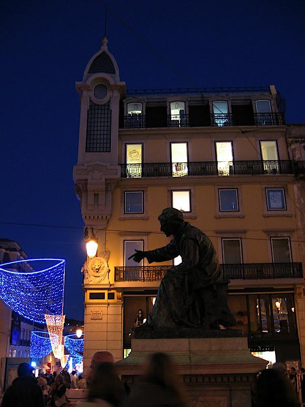 Lisboa al poeta Camoes