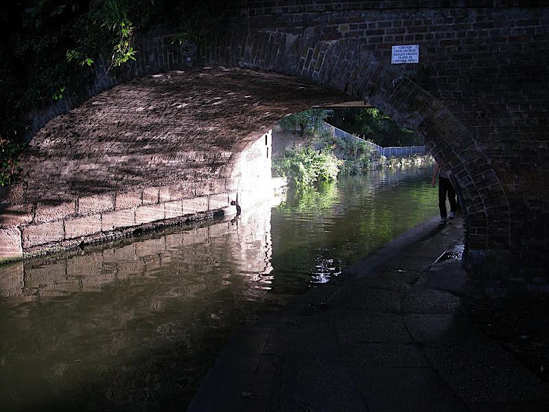 Canal de Londres (IV)