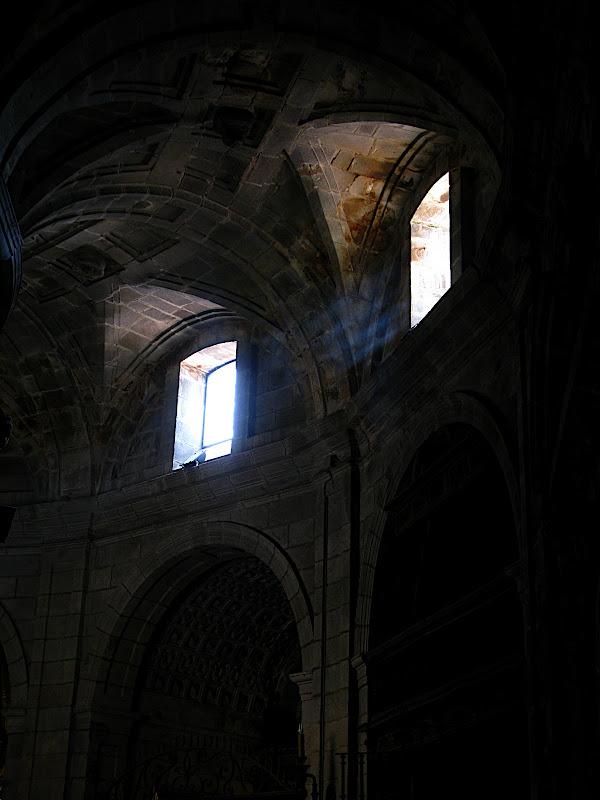 Finestra de la catedral d'Ourense