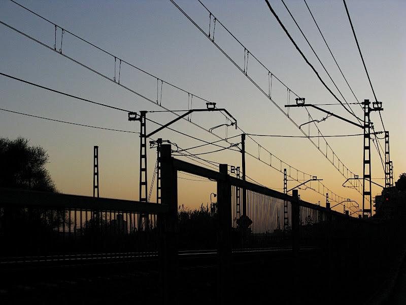 Caos de cables ferroviaris