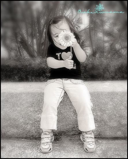 FlowerGirl-(BW)