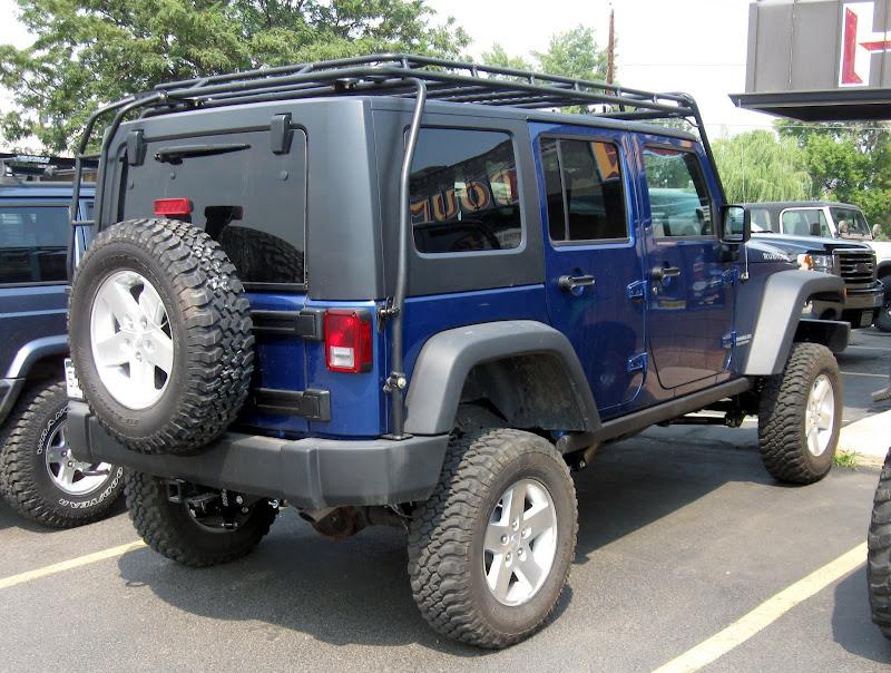 6 Quot Lift With Stock Tires Pics Jk Forum Com The Top
