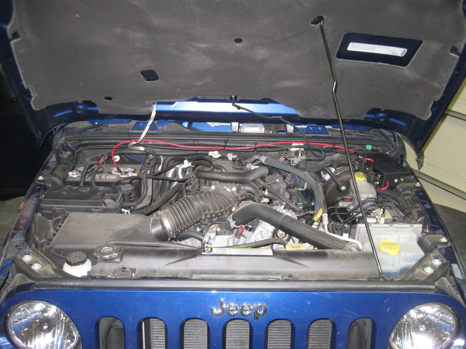 Project Blue Bruin Auxiliary Fuse Block Painless Wiring 7 Circuit I Reset The Breaker Put Key In Iginition And Used A Voltage Meter To Test Works Great Heres Look At Engine