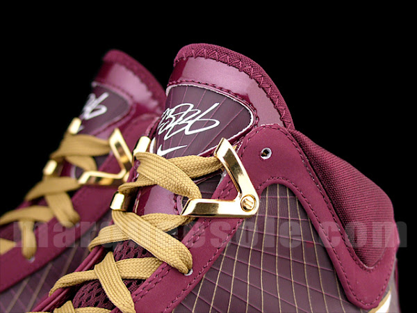 A First Look at the 8220Christ the King8221 Nike Air Max LeBron VII